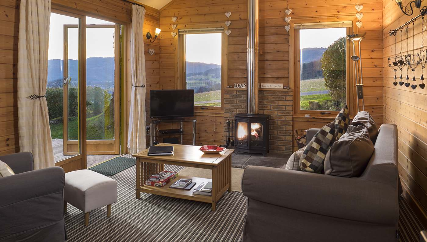 Log cabins in scotland holiday lodges with hot tubs in Log cabins with hot tubs scotland