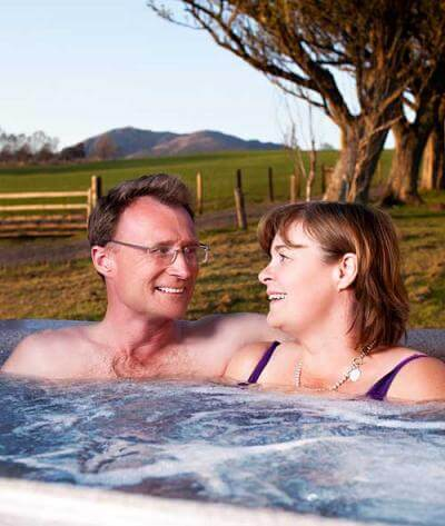 Jane and Andy in a Hot tub
